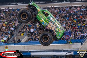 jester-monster-truck-east-rutherford-2017-005