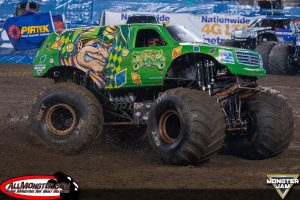 jester-monster-truck-east-rutherford-2017-027