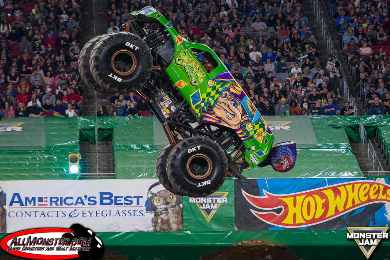 weeny.tk is the official website of Monster Jam, the world's largest and most famous monster truck tour, featuring the biggest names in monster trucks including Grave Digger®, Maximum Destruction®, Monster Mutt®, El Toro Loco®, Captain's Curse®, and Blue Thunder®.
